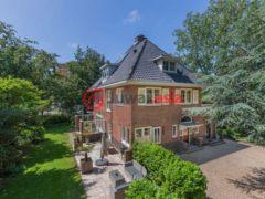 居外网在售荷兰哈勒姆16卧的房产总占地1486平方米EUR 1,845,000