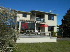 新西兰陶波4卧4卫的房产