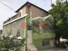 居外网在售海地10卧4卫的房产总占地260平方米USD 350,000