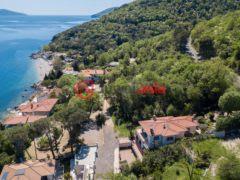 居外网在售克罗地亚5卧7卫的房产总占地980平方米
