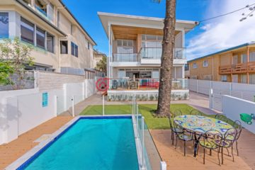 居外网在售澳大利亚6卧4卫特别设计建筑的房产总占地577平方米AUD 4,800,000