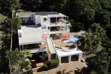 澳洲Qunaba4卧3卫特别设计建筑的房产