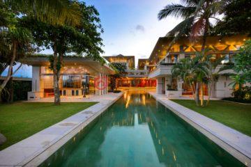 居外网在售印尼达巴南USD 4,950,000总占地3525平方米的商业地产