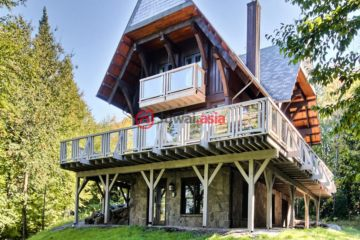 居外网在售加拿大5卧3卫最近整修过的房产总占地4736平方米CAD 899,000