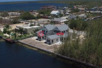 开曼群岛6卧2卫的房产