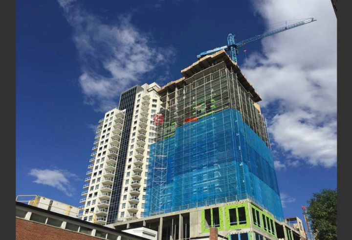 加拿大阿尔伯塔埃德蒙顿的新建房产,10410 - 102 Ave,编号27931047