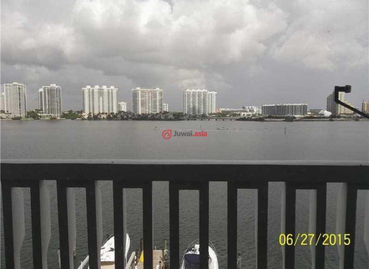 美国佛罗里达州阳光岛海滩的房产,17900 bay rd,编号24396035