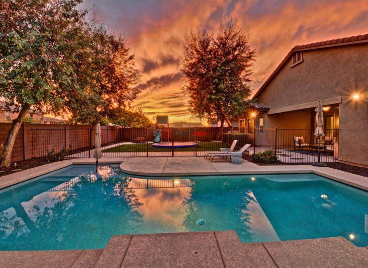 美国亚利桑那州凤凰城5卧3卫的房产